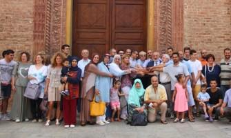 Musulmani d'Italia nelle chiese in segno di pace